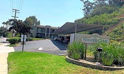 Silver Oak Apartments, 1