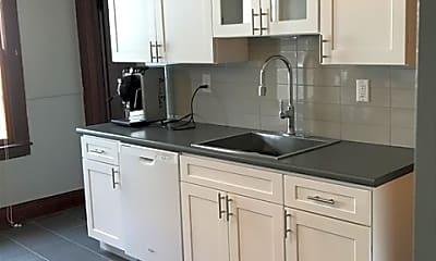 Kitchen, 112 Maple St, 0