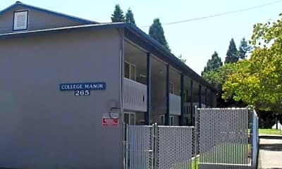 College Manor Apartments, 1