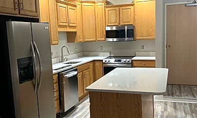 Kitchen, 822 W. Hamilton St, 0