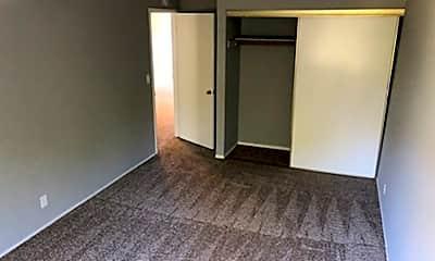Living Room, 620 Alamo Ct, 2