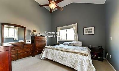 Bedroom, 323 America Blvd, 1
