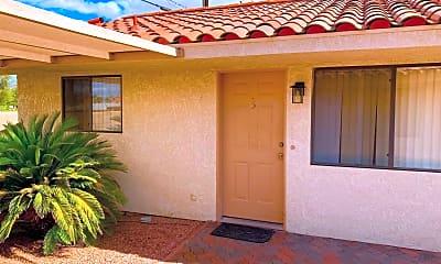 Building, 73810 Santa Rosa Way, 2