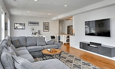 Living Room, 330 Dorchester St, 1
