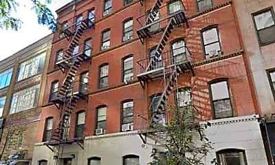 Building, 174 E 85th St, 2