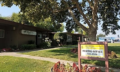 Woodfield apartment homes, 1
