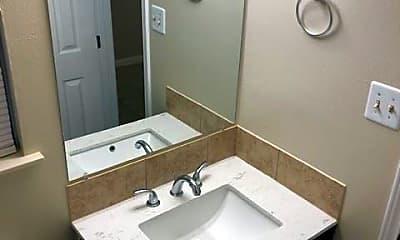 Bathroom, 2203 Tyler St, 2