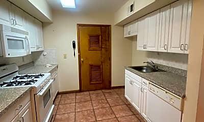 Kitchen, 722 Sip St, 0