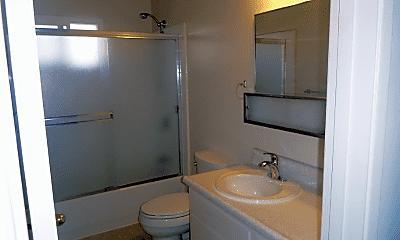 Bathroom, 20519 Wisteria St, 2