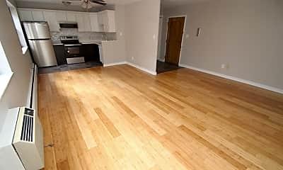 Living Room, 513 N Neville St, 1