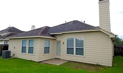 Building, 860 Rock Harbor Lane, 2