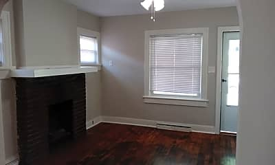 Bedroom, 253 Illinois Ave, 1