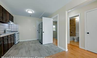 Bathroom, 569 Arguello Blvd, 2