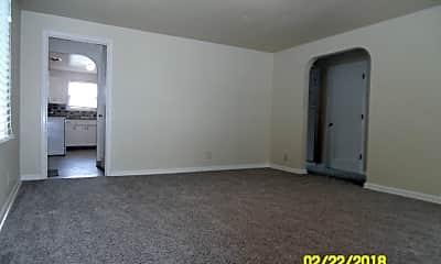 Living Room, 416 S Edwards St, 1