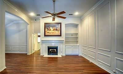 Living Room, 6757 Burr Oak Dr, 1
