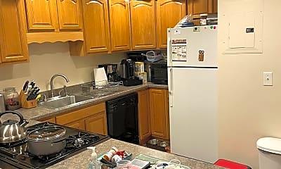Kitchen, 5 Beacham Street, 2
