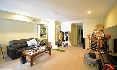 Living Room, 4111 Main St B, 0