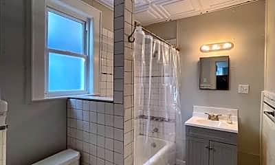 Bathroom, 151 Watchung Ave, 2