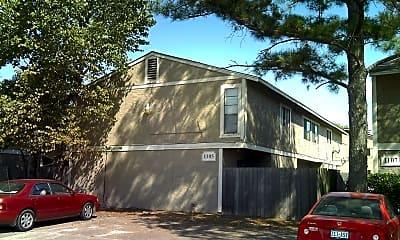 Building, 1105 Holik Dr, 1