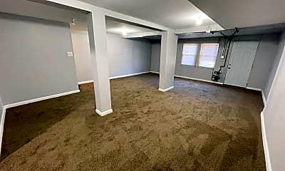 Living Room, 101 S Kossuth St, 1