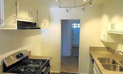 Kitchen, Medallion Court Apartments, 1