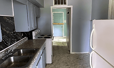 Kitchen, 1229 Neubert Ave, 2
