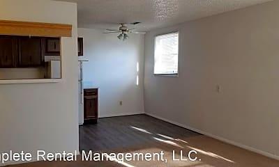 Building, 760 E Springmont Dr, 1