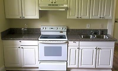 Kitchen, 2617 Greenwood Dr, 2