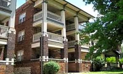 Building, 2805 Charlotte St, 2