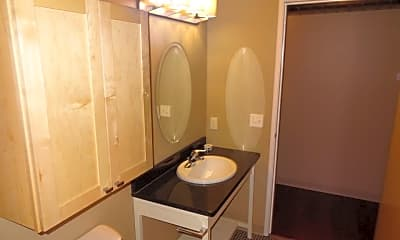 Bathroom, 305 N Broadway Dr, 1