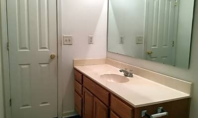 Bathroom, 16112 Stuarts Draft Court, 2