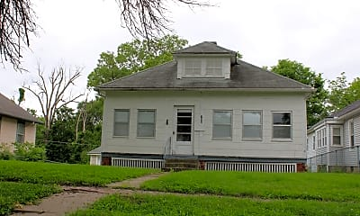 Building, 708 Grand Ave, 0