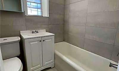Bathroom, 91-17 172nd St, 1