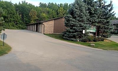 East Pointe Village, 2
