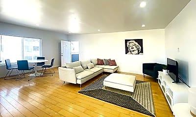 Living Room, 1114 6th St 11, 1