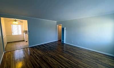 Living Room, 806 Austin Ave, 0