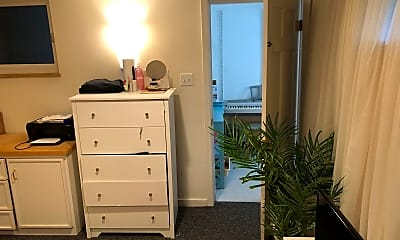 Bedroom, N Harrison St 17th, 2