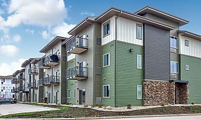 Building, Silverthorne Flats, 1