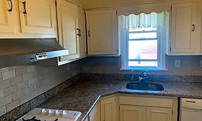 Kitchen, 515 Washington St 2, 1