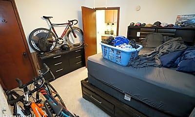 Living Room, 215 N Ingersoll St, 2