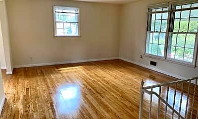 Living Room, 809 Branford Cir, 1