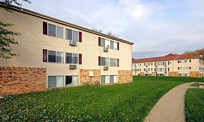 Building, Edgewood Park Apartments, 0