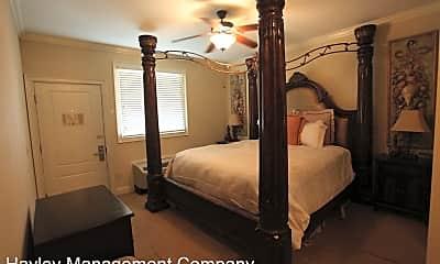 Bedroom, 430 W Glenn Ave, 2