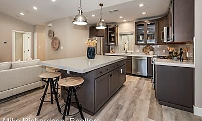 Kitchen, 401 1/2 Old Coast Hwy, 1