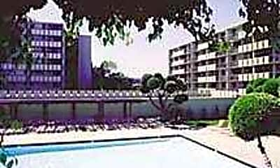 Marymount Apartments, 1