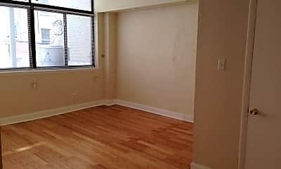 Bedroom, 114 N 3rd St 2, 2