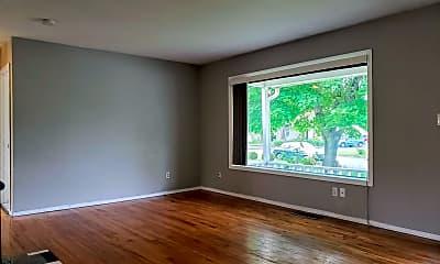 Living Room, 12565 SW Fairfield Ct, 1