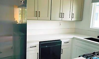 Kitchen, 2743 Fairmount St, 1