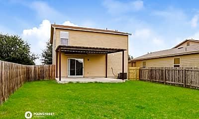 Building, 7211 Magnolia Bluff, 2