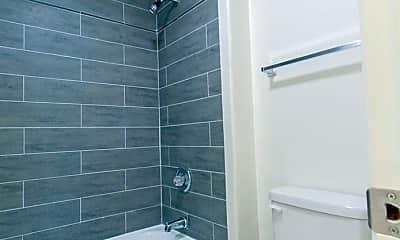 Bathroom, 6724 Hillpark Dr, 2